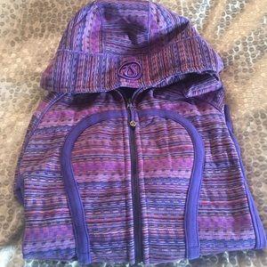 Lululemon Space Dye Iris Flower Twist Scuba 8 EUC