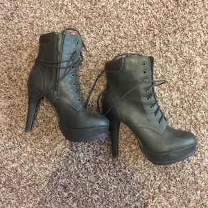 Call It Spring Shoes - Size 9 Green Boots