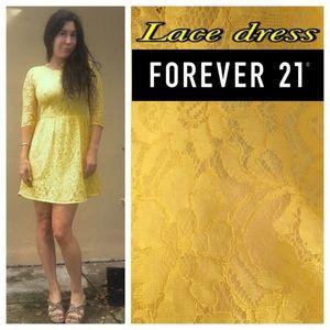 Small lace dress yellow