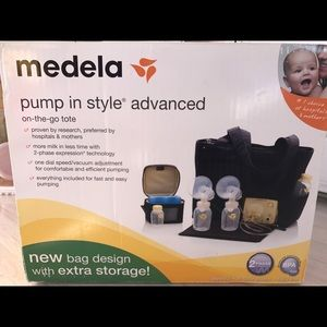 Medela Other - Medea pump in style advanced