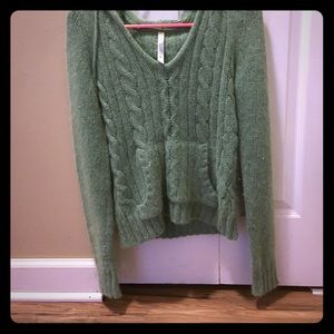 Lilu Sweaters - Cozy hooded sweater