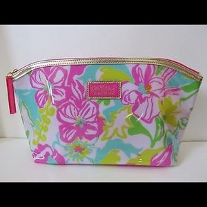 Estee Lauder Other - Lily Pulitzer for estee lauder cosmetic bag