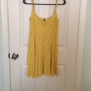 H&M Yellow Floral Dress Size 8