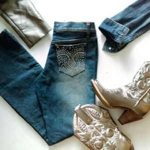 ⬇HP Rhinestone Blinged Out Jeans
