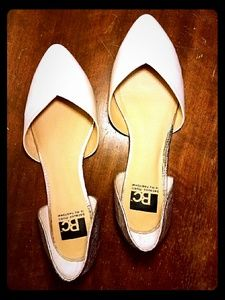 BC Footwear Shoes - Gold and cream flats