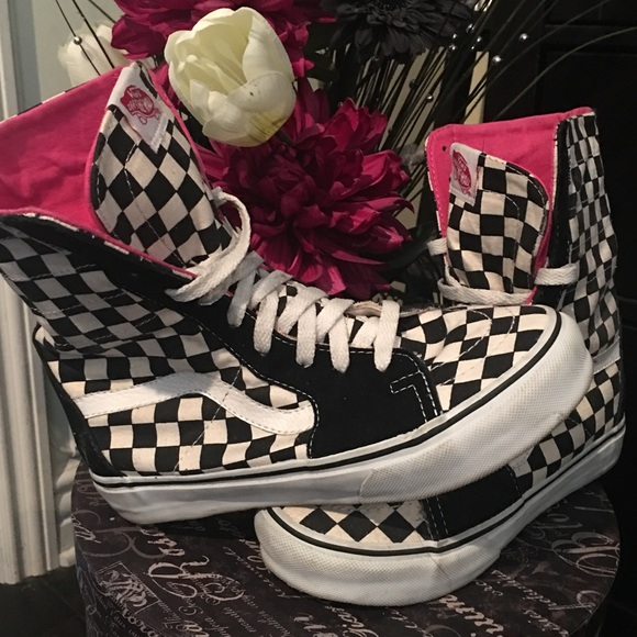 e1c6327405f622 VANS SK8 Super Hi Top Checkered 💗. M 58768adc4225bec59301208f