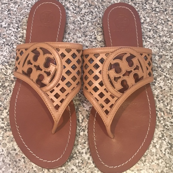 9082922a92f4 Sale!! Tory Burch lattice logo leather sandal. M 58768c29981829b5b001230e
