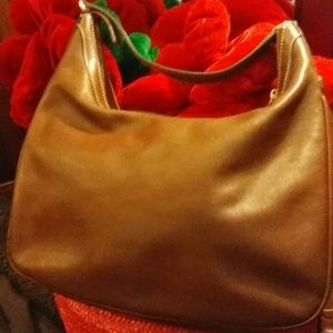 Gucci Handbags - Vintage Leather Gucci Bag Sale !!!!!FIRM!!!
