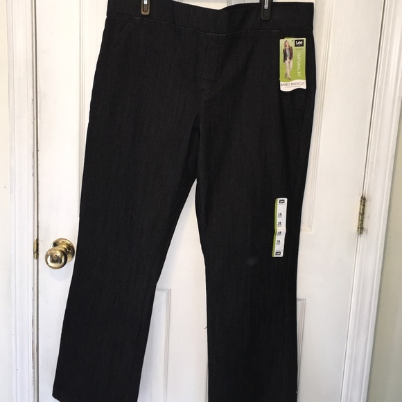 723c3957ab9d4 Lee pull on jeans