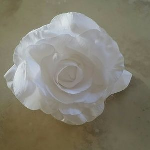 Accessories - White Rose Pin/Hair Tie NWOT