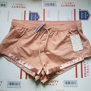 Free People Pants - Free People Movement Shape Shifter Shorts