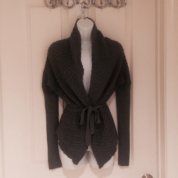new concept be3c3 95fb2 Intimissimi Easy Wear Gray Tie Front Cardigan
