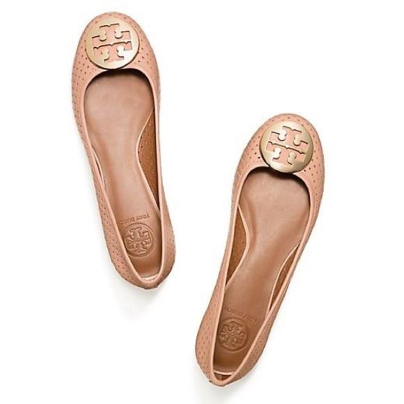 3759a03007c ✨REDUCED✨Tory Burch Reva Perforated Ballet Flat. M 5876a03a2fd0b7f830024bfa