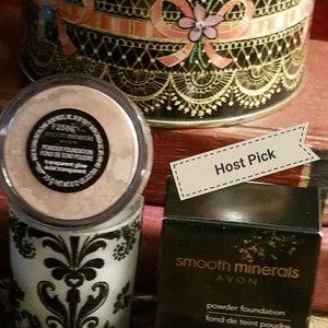 Avon Other - HP🎉Translucent Powder-🎉Host Pick‼️