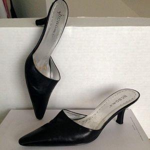 BCBGIRLS brand Black Leather Heels Sz 5.5B