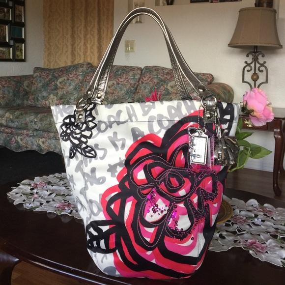 coach bags rare poppy bella floral graffiti bella tote poshmark rh poshmark com