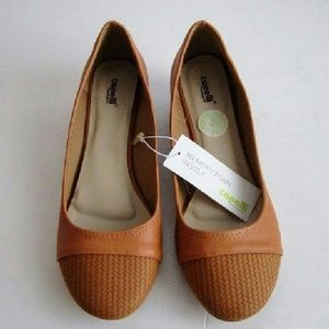 Capelli Wedge Loafers size 9 pumpkin
