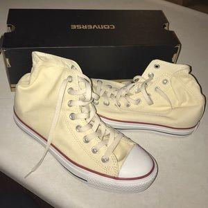 1498de5c0cc3 Converse Shoes - Never been worn Ivory