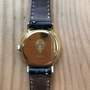 f68f342c539 Accessories - SOLD on tradesy! Authentic vintage Gucci watch