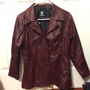 Dollhouse Jackets & Blazers - ✨VTG Faux Snakeskin Jacket Size M✨
