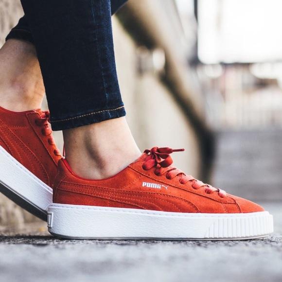 0e6dc6519be29c NWOT Puma suede creeper platform shoes. M 587700b3620ff7362303ef69
