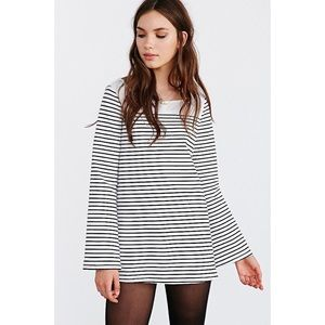 BDG On A Boat Bell Sleeve Top