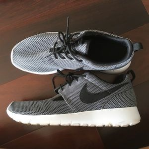 Gray Nike running shoe