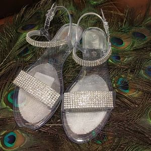 Shoes - Crystal beach sandals🌹