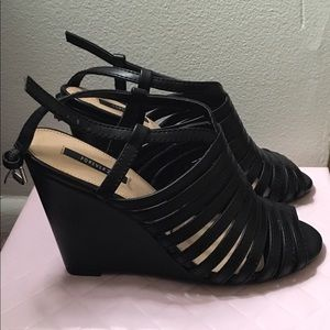 Forever21 Black Strappy Wedges