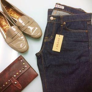 NWT J Brand Dark Denim Slim Fit Boot Leg Jeans