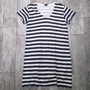 8cb6ff1322b Theory Dresses - Theory Striped Linen Shirt Dress M