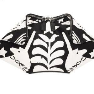 """Alexander McQueen Handbags - 💥RARE💥 A.Mcqueen """"Naive Pagen"""" clutch"""