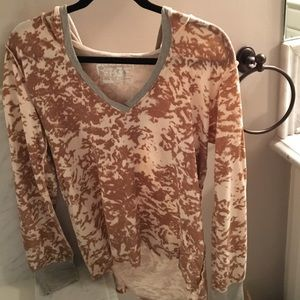 Erge Sweaters - ERGE sweater. Light brown and cream small/medium