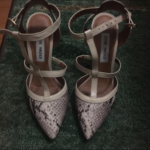 aa8360116a4 Snake Print Strappy Heels. M 5876fc812599fedf2b02fd7b