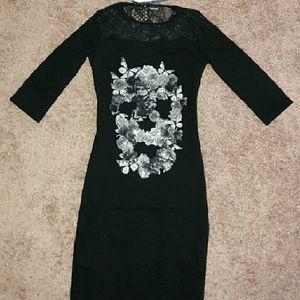 Dresses & Skirts - Woman black skull dress