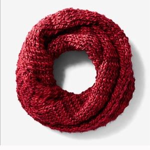 Express Accessories - NWT express red marled chunky knit snood
