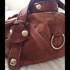Gustto Handbags - PRICE LOWERED⚡️Gustto leather Baca bag