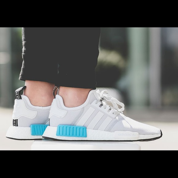 """adidas NMD R1 """"Color Static Release Date ALL SNKRS"""