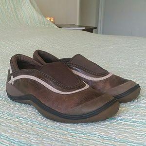 Merrell Shoes - Merrell Willow Light Brown & Pink Slip On Walking