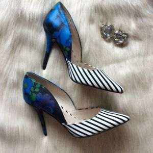 Chinese Laundry Shoes - 💙Chinese Laundry Floral & Stripes D'Orsay Heel💙