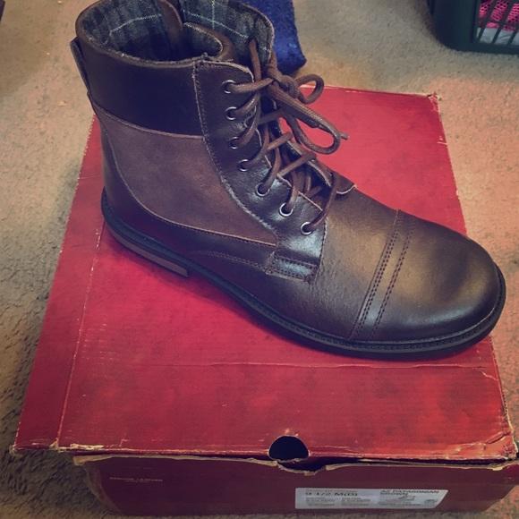 ae4766870401b Men s Arizona brown boots NEW with original box