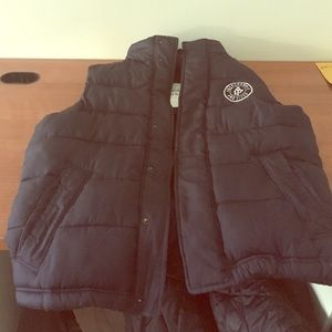 Abercrombie and Fitch men's puff vest