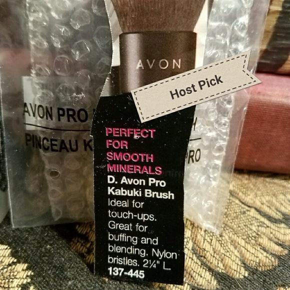 Avon Other - HP🎉Kabuki Makeup Brush❣️