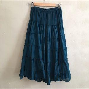 Dresses & Skirts - Blue peasant style skirt