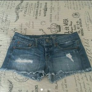 American Eagle Outfitters Pants - 🌟SALE 🌟 AMERICAN EAGLE DISTRESSED SHORTS SZ 2