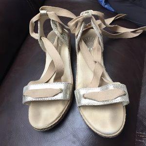 Ugg espadrille like sandals