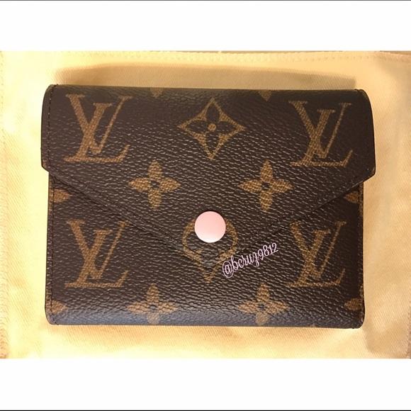 6d8d2c62548e Authentic Louis Vuitton Victorine Wallet