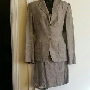 ARMANI COLLEZIONI skirt suit