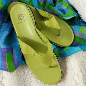 Rockport spring green leather flip flops 8.5 W