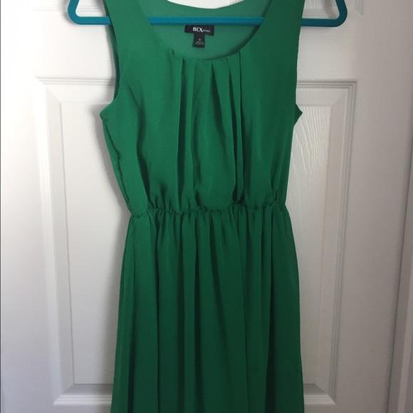 0b5c13cbb8a BCX Dresses   Skirts - kelly green BCX (Macy s) mini dress with belt